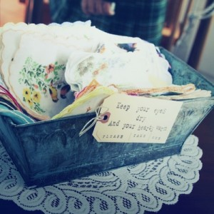 Vintage-Handkerchiefs_wedding